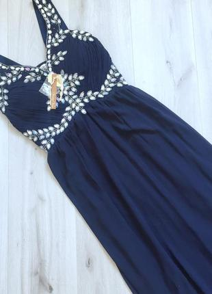Шикарное вечернее платье, новое, с вышивкой камнями