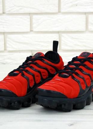 Мужские красные кроссовки nike air vapormax plus
