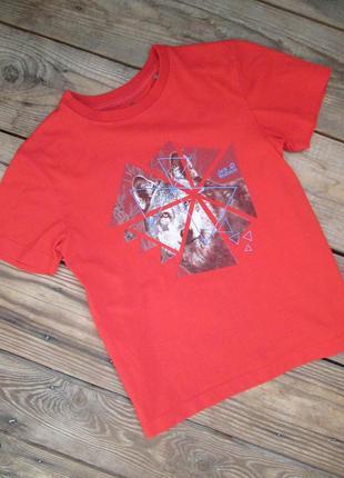 Крутая футболка jack wolfskin на 6 лет, красная футболка с волком