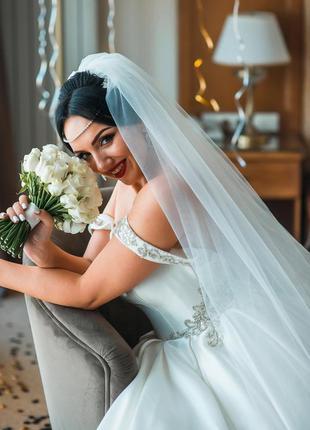Нереальное шикарное свадебное платье от eva lendel