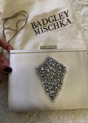 Стильный клатч от badgley mischka