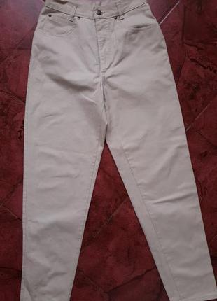 Бежевые джинсы mom высокая посадка geiger австрия