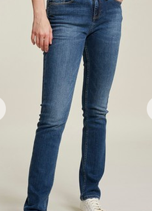 Женские джинсы от gap. размерw 28 l 30 , идет на m.