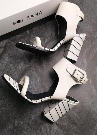 Sol sana оригинал черно-белые кожаные босоножки на широком  каблуке бренд