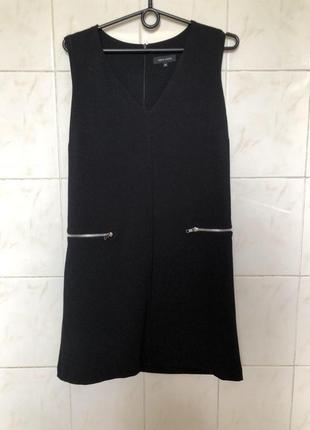 Черное платье прямого кроя с молниями zara