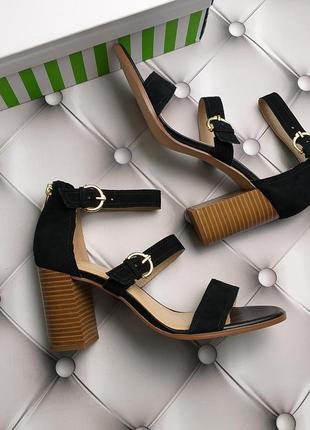Wonder оригинал черные замшевые босоножки на широком каблуке бренд из сша