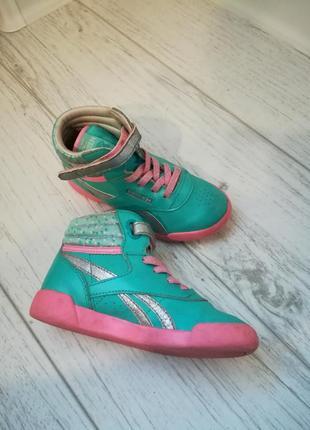 Ботинки reebok на девочку(оригинал)