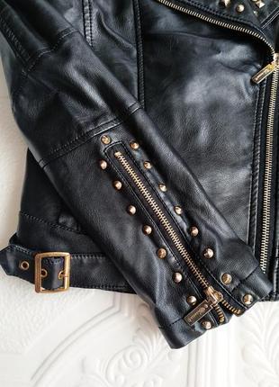 Демисезонная куртка косуха из экокожи4 фото