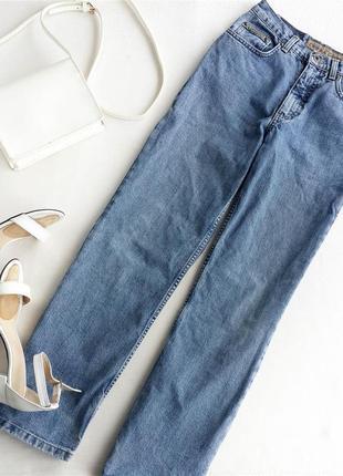 Мом джинсы прямого кроя