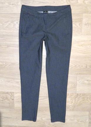Легкие брюки чинос takko flame р. l 40 (14) укороченные. состояние новых. джинсы