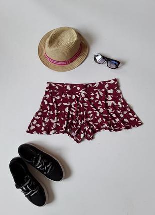 Короткие трикотажные шорты юбка