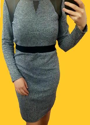 Сукня з напівпрозорими вставками