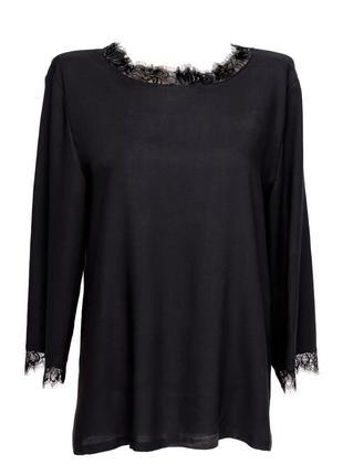 Легкая и изящная блуза