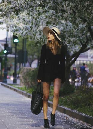 Чёрный брючный комбинезон шорты, ромплер размер 34