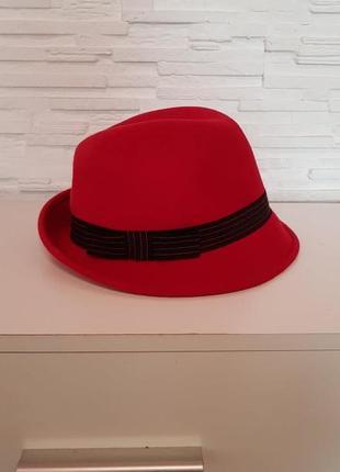 Яркая фетровая шерстяная шляпа федора jasper conran