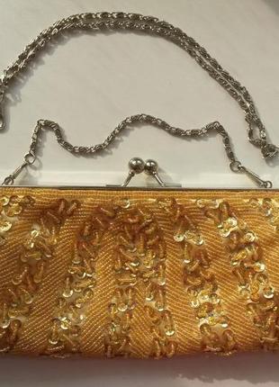 Маленькая сумка клатч вечерняя золотистая вышитая бисером и пайетками