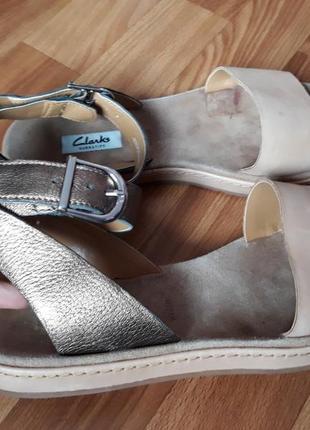 Босоножки кожаные  clarks размер 39,5