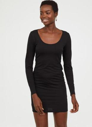 Короткое трикотажное платье h&m