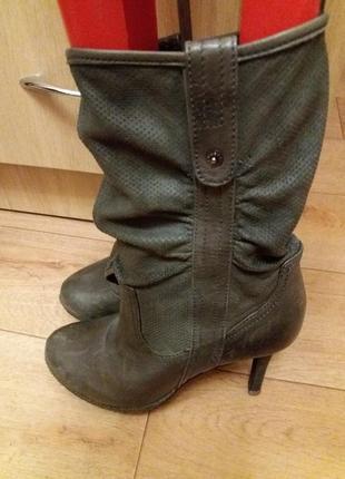 Кожаные сапожки перфорация ...бренд -mexx---38 р кожа