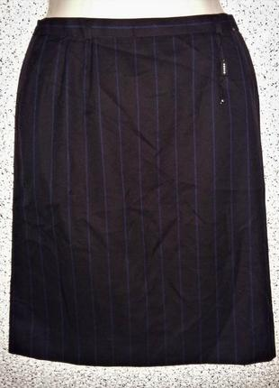 Стильная шерстяная юбка от бренда akris.швейцария