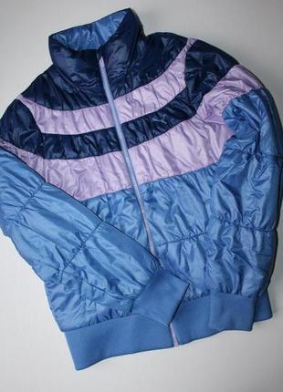 Куртка puma. состояние новой. размер м.