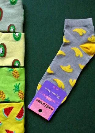 Большой выбор!носки р35-37,37-39 с рисунком,с бананами:)