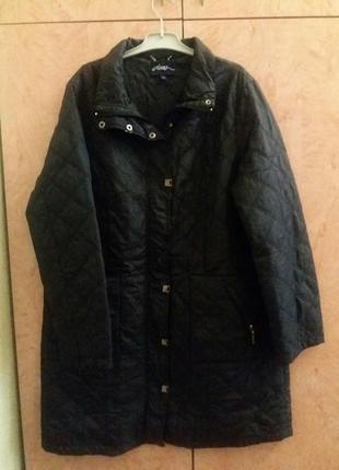 Классная стеганная длинная курточка