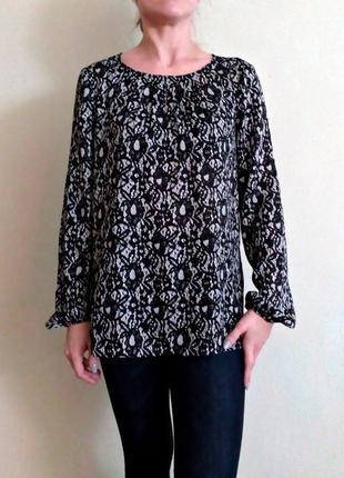 Красивая актуальная легкая блуза