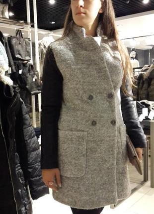 Пальто reserved с кож.рукавами