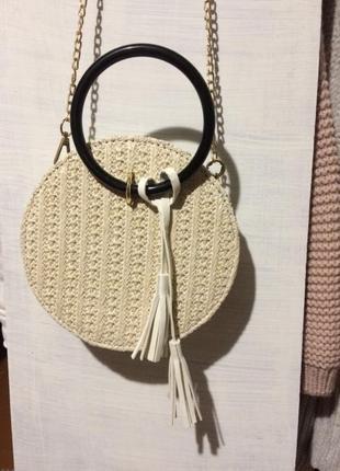 Модная плетённая круглая сумочка 👜