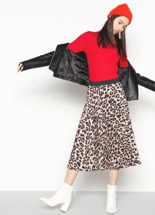 Стильная юбка миди плиссе трендовой расцветки лео