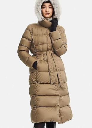 Теплый, легкий пуховик от uniqlo. пальто на пуху. оригинал. размер l