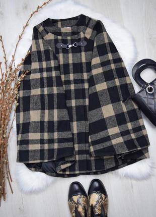Стильное пончо пальто в клетку пальто