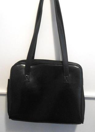 Удобная и практичная сумка