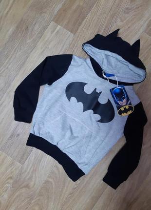 Кофта с капюшоном.batman 2-3 г.