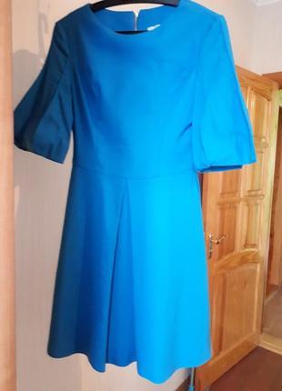 Ярко-голубое платье с рукавами-фонариками 38 размер