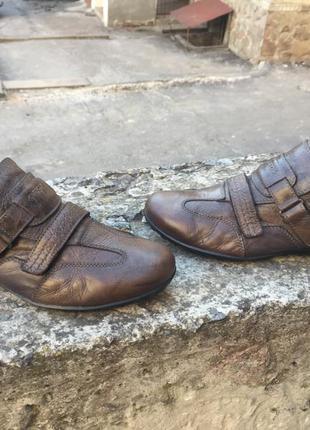 Оригинальные кожаные туфли, кроссовки geox respira5 фото