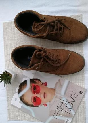 Замшивые ботинки на шнурке keds