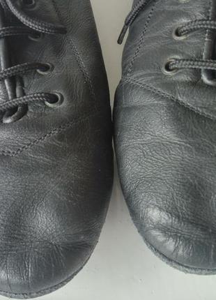 Кожаные танцевальные туфли чешки на шнурках тапочки унисекс4 фото