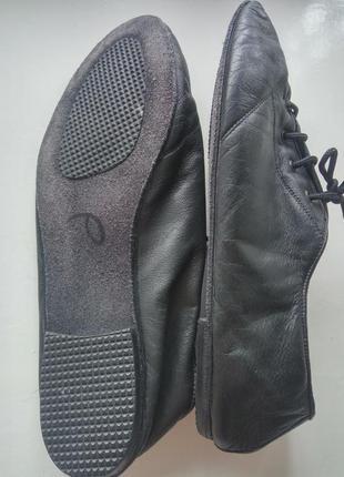 Кожаные танцевальные туфли чешки на шнурках тапочки унисекс3 фото