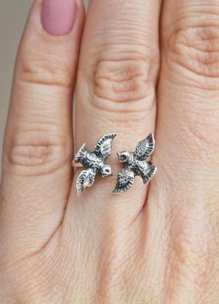 Серебряное кольцо птички безразмерное