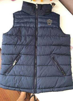 Жилетка куртка без рукавов оригинал