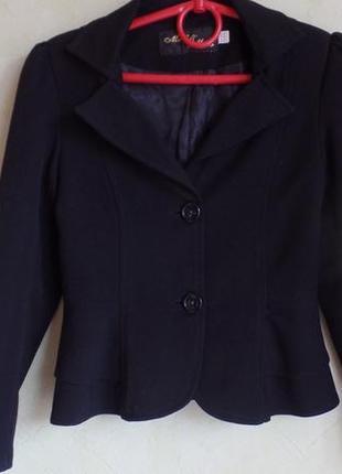 Красивый черный пиджачек на девочку  *mari @ maks* р.122