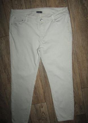 Укороченные джинсы р-р 14 стрейч yessica
