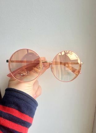Красивые нежно розовые круглые очки