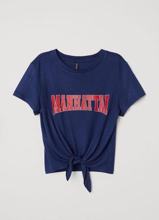 Темно синяя футболка блуза с принтом h&m1 фото
