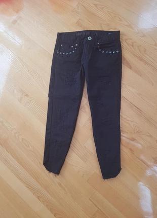 Укороченные джинсы бойфренд кюлоты