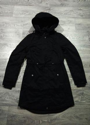 Черная демисезонная парка куртка divided h&m весна осень