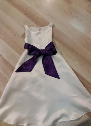 Праздничное платье с бантом 4-5 лет