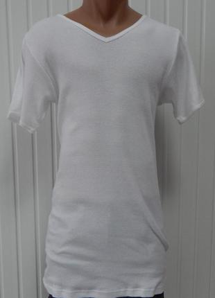 Обтягивающая мужская футболка v-образный вырез angelo litrico германия